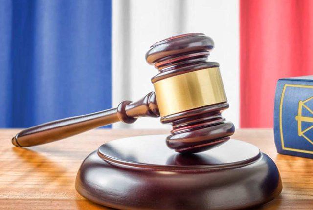 პარიზელ პოლიციელებს პატიმრობა მიუსაჯეს ტურისტი ქალის გაუპატიურებისთვის
