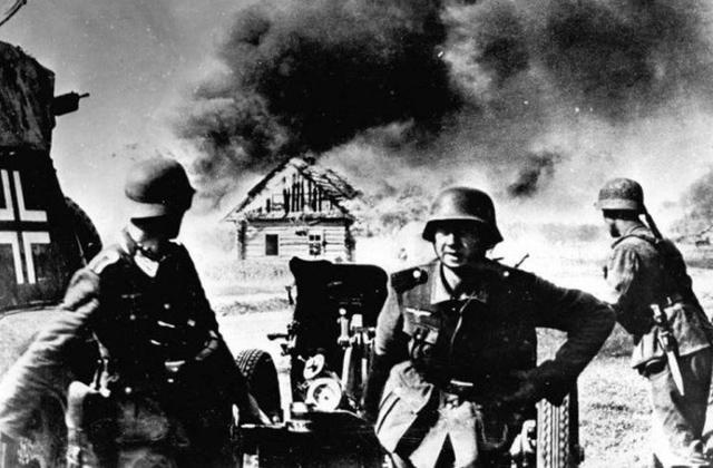 სტალინი დიდი სამამულო ომის პირველ დღეებში