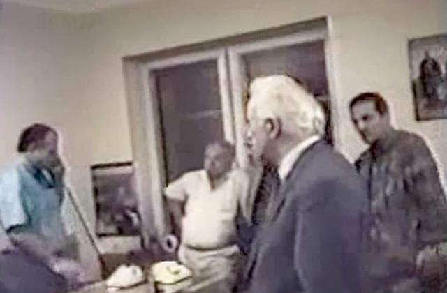 (მარცხნიდან პირველი) ჟიულის უკანასკნელი ფოტო