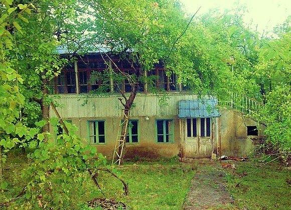 დაცარიელებული სოფლები და მიტოვებული სახლები
