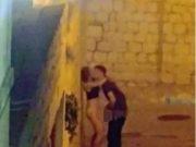 ტურისტებმა შუა ქუჩაში სექსი გააჩაღეს