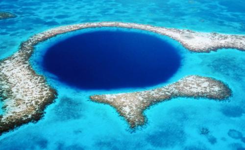 დიდი ლურჯი ნახვრეტი (ბელიზი)