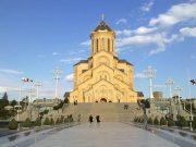 წმინდა სამების საკათედრო ტაძარი, თბილისი. სიმაღლე 86,1 მ
