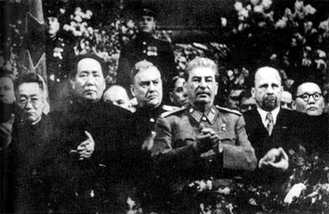 მაო ძედუნი და სტალინი, 1949 წ.