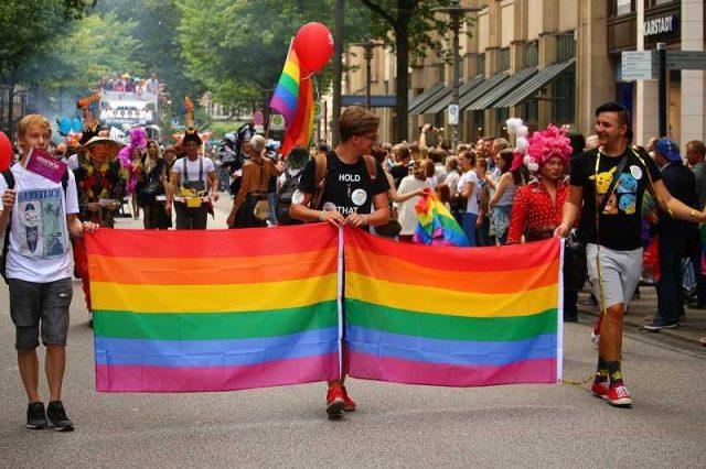 კიდევ ერთი სოდომით მეტი: ჩერნოგორიაში ლეგალიზებულია ერთნაირსქესიანთა დაქორწინება