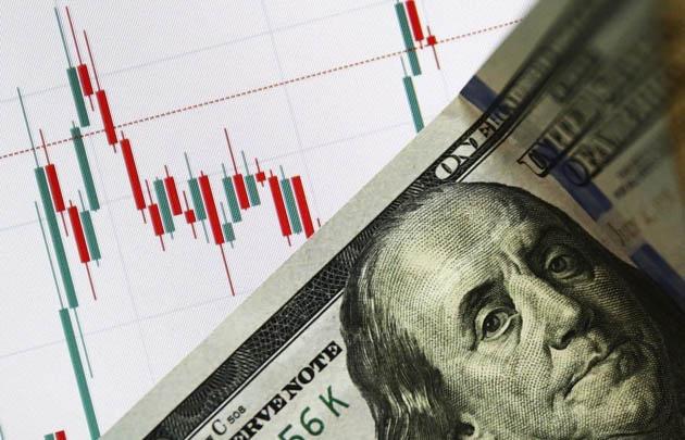 ფინანსისტები დოლარის გაუფასურებას წინასწარმეტყველებენ