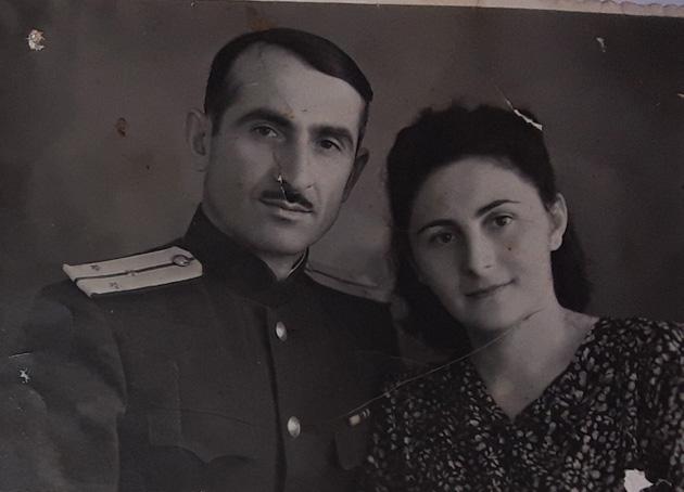 სეით მილდიანი მეუღლესთან, ჩიტო ჩხეტიანთან ერთად