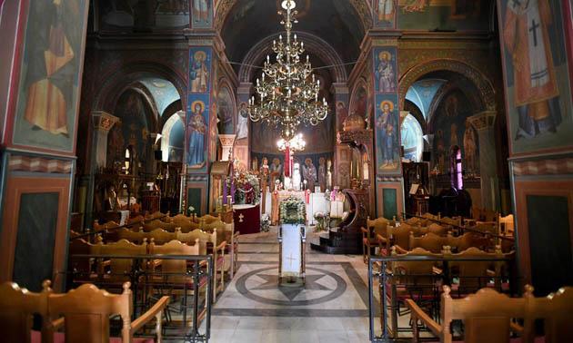 საბერძნეთში მღვდლებს ვაქცინაციის ცნობის გარეშე არ შეუშვებენ ეკლესიაში