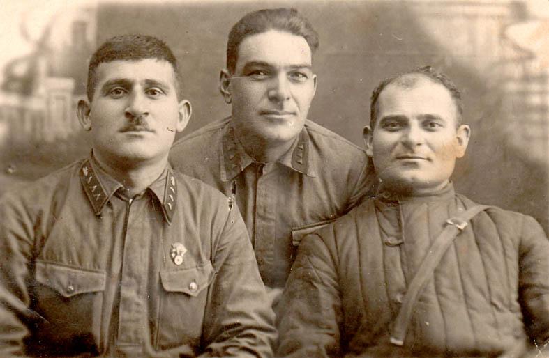 Шалва Лекишвили - посередине